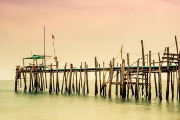 Wooden bridge in the sea - бесплатный image #136317