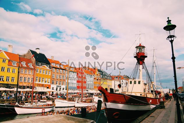 Nyhavn 17 architecture and boats - Free image #136437