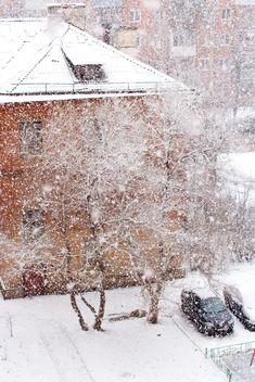 View on houses on winter street of Podolsk - Free image #182637
