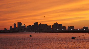 Sunset in the Boston City - image #183357 gratis