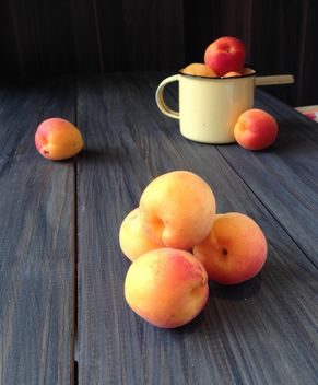 Juicy fresh peaches - image #183817 gratis
