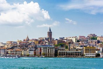 View on architecture of European Istanbul - image #186067 gratis