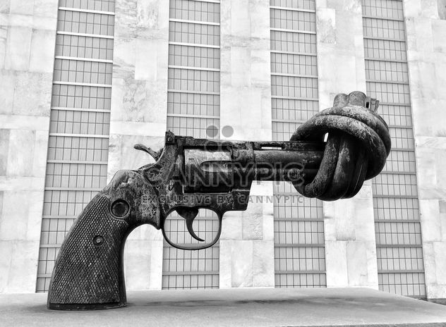Farwell to Arms, Un, New York, Usa - Free image #186837