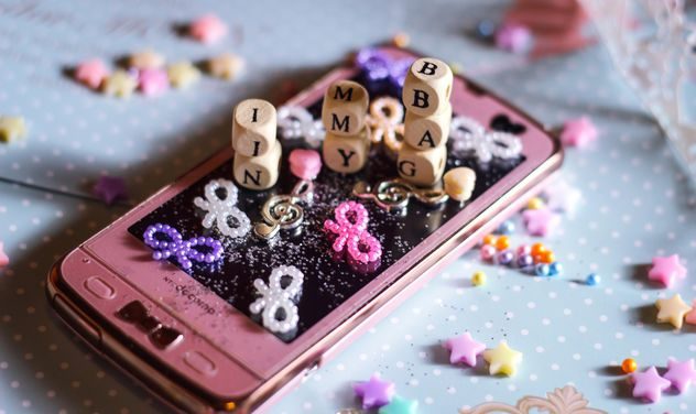 Smartphone with decorative elements - image #187237 gratis