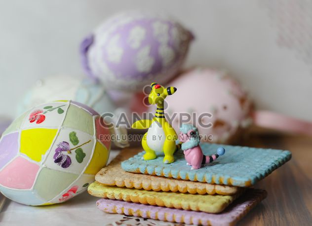 Easter Eggs On Plate - Kostenloses image #187527