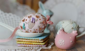 Easter decorations and cookies - image #187547 gratis
