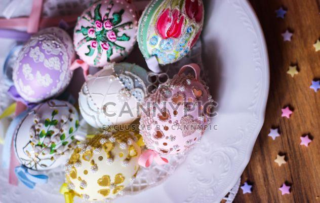 Oeufs de Pâques sur plaque - image gratuit #187557