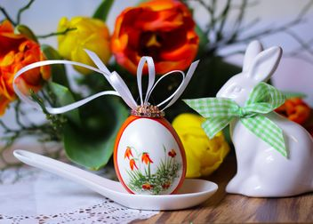 Painted Easter egg in spoon - Free image #187597