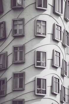 Detail of Dancing House in Prague - image #187907 gratis