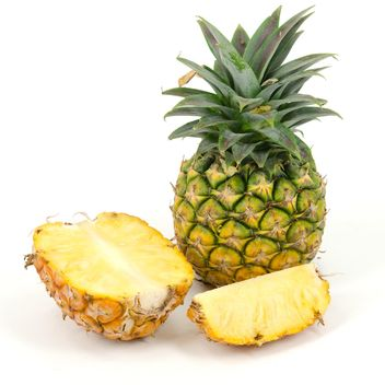 Pineapple isolated - Free image #198107