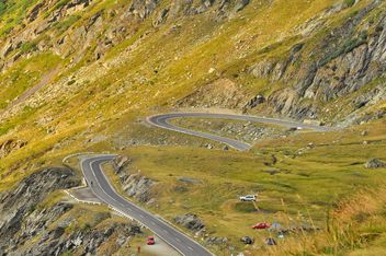 Winding road in high mountains- Transfagarasan - бесплатный image #198117