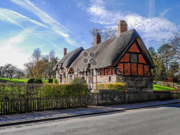 Rural cottage near the road - Free image #198277