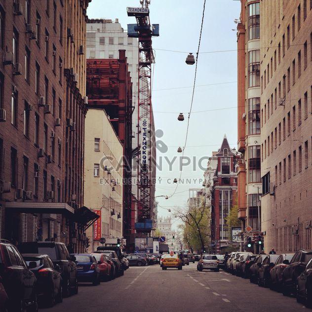 Архитектура и транспорта на улице Москвы - бесплатный image #200677