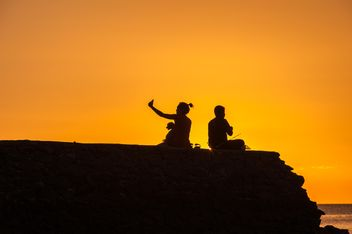 Silhouettes at sunset - image gratuit(e) #271887