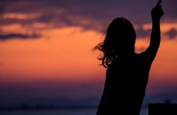 Silhouette at sunset - image gratuit(e) #271897