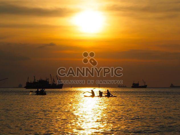 Crépuscule du temps sur la plage de Tawaen - Free image #271937