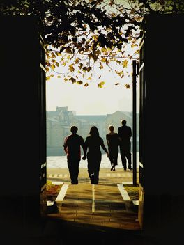 Two couples on River Thames - image #272967 gratis