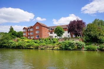 Building on Avon river - image gratuit #273107