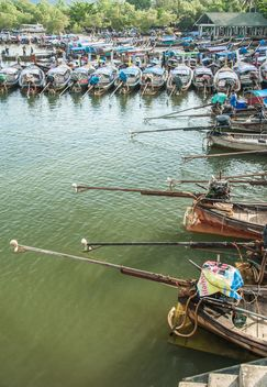 Fishing boats on a berth - image #273537 gratis