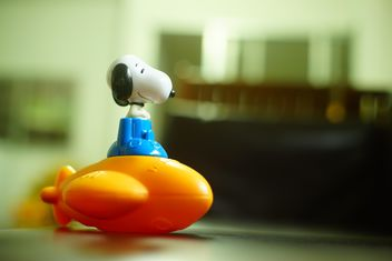 #space shuttle #toy, #Snoopy toy, #Mc toy - image #274777 gratis