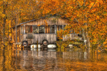 Floating camp on Ouachita river - HDR - Free image #280577