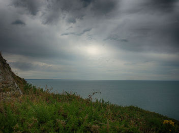 Over Looking The Sea - бесплатный image #286787