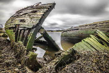 Abandoned boats in Bowling harbour, Scotland - travel photography - Kostenloses image #297137