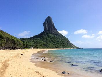 Amazing conceicao beach on Fernando de Noronha island, archipelago - Strand - бесплатный image #299257