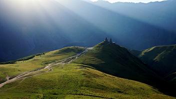 Mountain Monastery Sunrise - Kostenloses image #300787
