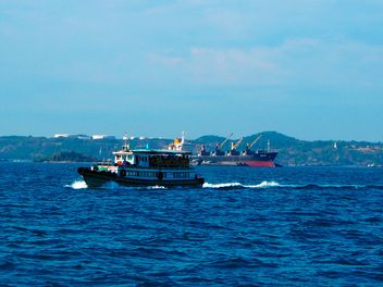 Tourist boat - image #301577 gratis
