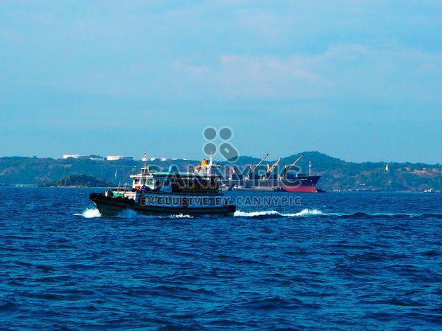 Tourist boat - Free image #301577
