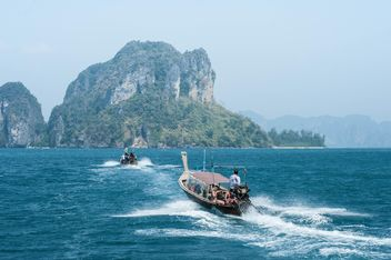 two fishing boats on Andaman islands - бесплатный image #301677