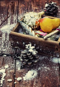 Christmas decorations in box - бесплатный image #302037