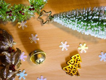 Christmas tree decoration - image #302557 gratis