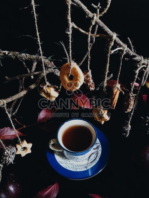 Thé noir et les cookies - image gratuit #302867