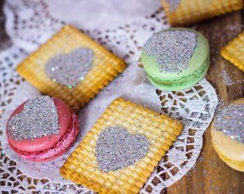 Cookies decorated with glitter - бесплатный image #303257