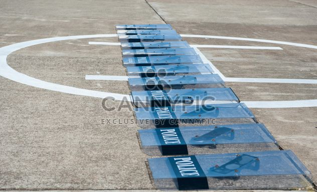 Полицейские щиты на муки - Free image #304677