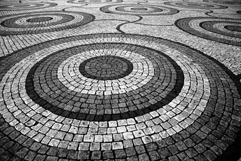 Squares, circles and lines. Oh My! - image #309817 gratis