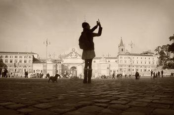 roma piazza del popolo ragazza davanti obelisco - бесплатный image #316147