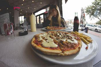Yo <3 Pizza & Her Company - image gratuit #318317
