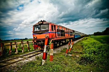 Orange train - image #327897 gratis