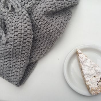 warm grey cozy scarf pie - image gratuit #329207