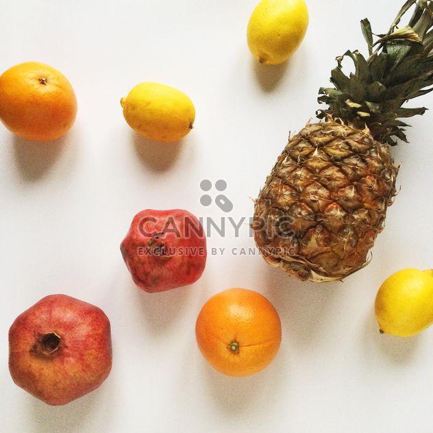 frutas no fundo branco - Free image #329257