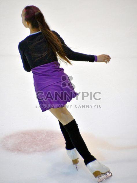 Катание на коньках в танцах на льду - бесплатный image #330937