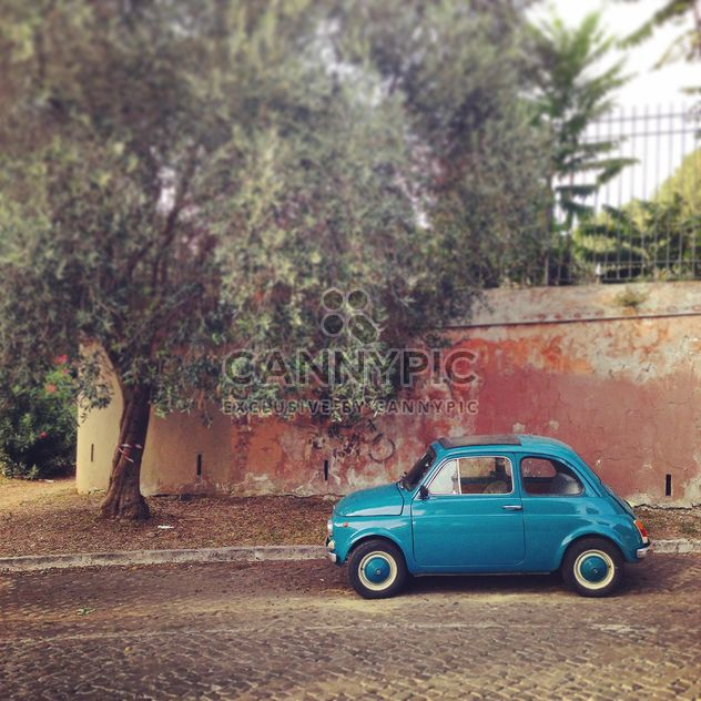 Blue Fiat 500 car - Free image #331647