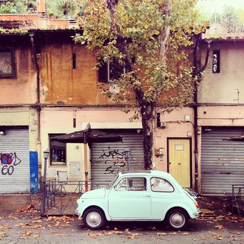 White Fiat 500 Testaccio in the street - image gratuit #331857