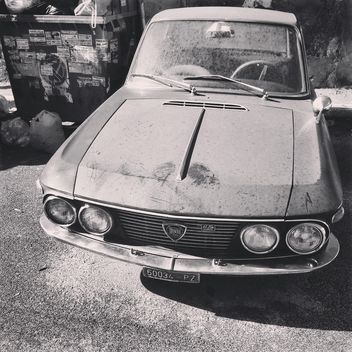 Old Lancia Fulvia car - бесплатный image #332057