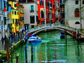 Gondolas on canal in Venice - image #333677 gratis