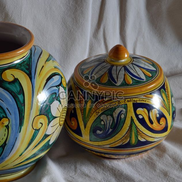 painted ceramic vases - image #333807 gratis