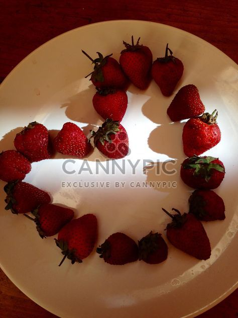 Heart made of strawberries - Free image #334307
